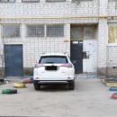https://smolensk-i.ru/auto/v-smolenske-zhitel-otomstil-avtohamu-kotoryiy-ostavil-mashinu-vozle-podezda_283579