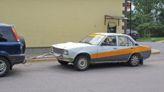 Под Смоленском автовор украл машину с помощью буксира
