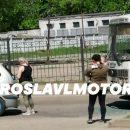 https://smolensk-i.ru/auto/pod-smolenskom-dtp-s-avtobusom-sozdalo-probku-na-koltse_285463