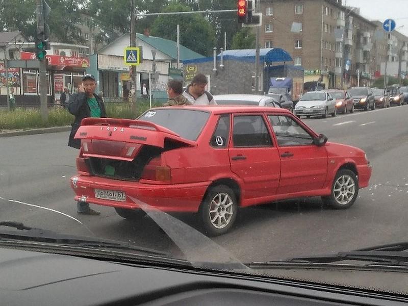 В Смоленске два ДТП затруднили движение на Медгородке