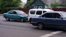 В Смоленске авария с BMW и «Ларгусом» создала затор