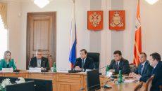 В Смоленске неделя для чиновников началась с назначения служебных проверок и увольнений