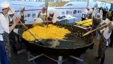Под Смоленском приготовление яичницы-рекордсменки сняли на видео