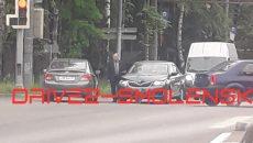 В Смоленске авария осложнила движение на перекрёстке