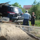 https://smolensk-i.ru/auto/v-smolenske-zhenshhina-na-inomarke-protaranila-postroyku-mesto-dtp-snyali-na-video_285915