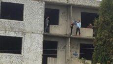 Под Смоленском подростки устроили опасные игры в недостроенном доме