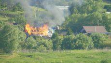 Смоляне запечатлели страшный пожар в жилом доме