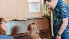 Алексей Островский посетил Краснинскую школу-интернат