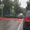 https://smolensk-i.ru/auto/v-smolenske-dtp-perekryilo-pochti-vsyu-ulitsu-na-klovke_290774