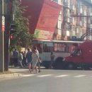 https://smolensk-i.ru/auto/v-smolenske-iz-za-avarii-i-probki-trolleybus-vrezalsya-v-dorozhnyiy-znak_287955