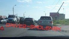 В Смоленске авария с иномарками создала «пробку» на проспекте