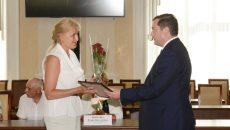 Алексей Островский поздравил работников сферы здравоохранения