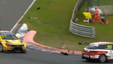 На «Смоленском кольце» зрелищную гоночную аварию сняли на видео