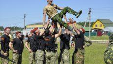 Под Смоленском спецназовцы поборолись за право носить краповый берет