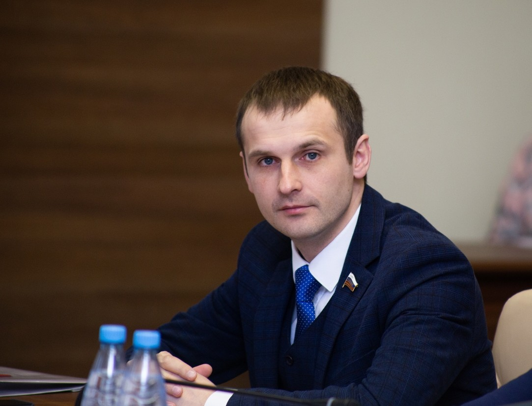 Сенатор Леонов добился надбавки к пенсии для смоленских пенсионеров