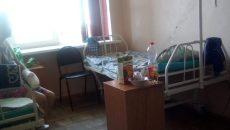 В Смоленске лежачего больного принуждали вставать на уколы и процедуры