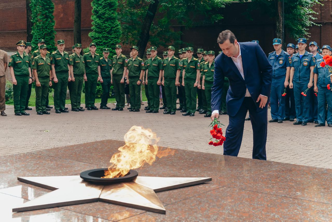 Алексей Островский принял участие в митинге-реквиеме «Завтра была война»