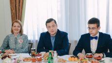 Алексей Островский встретился с юными учеными в Смоленске