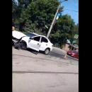 https://smolensk-i.ru/auto/v-smolenske-posledstviya-zhyostkogo-dtp-s-loganom-snyali-na-video_288988