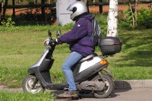 скутер (фото omsk.aif.ru)