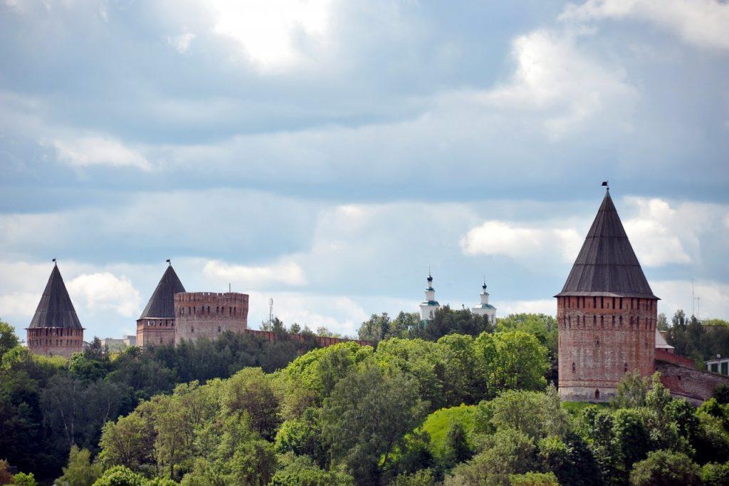 смоленск крепость стена