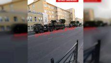 В центр Смоленска приехали танки