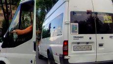 В Смоленске аварийную ситуацию с маршруткой сняли на видео