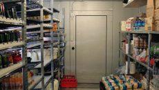 В смоленском ресторане за долги арестовали холодильники