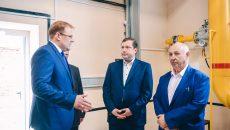 Алексей Островский проверил работу обновлённого теплопункта в Сафонове
