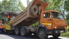 «Смоленскавтодор» занялся ремонтом дороги в Монастырщинском районе