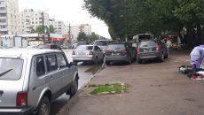В центре Смоленска автохамы устроили беспредел на тротуаре