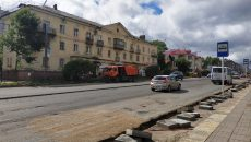В Смоленске начали укладывать новый асфальт на одной из центральных улиц