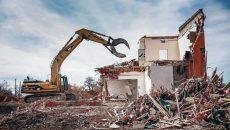 В Смоленске на Витебском шоссе снесут незаконные постройки