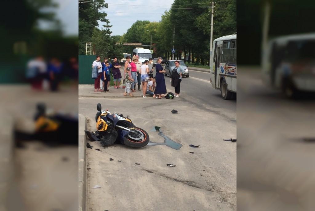 ДТП 20.08.2019, Рославль, мотоцикл, Hyundai (фото vk.com id120892431)