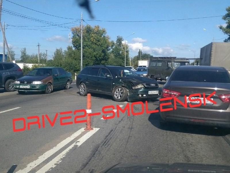 ДТП 23.08.2019, Mitsubishi, Audi, Рославльское шоссе_2