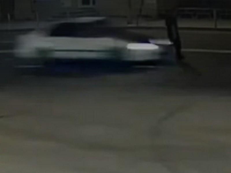 ДТП 25.08.2019, наезд, пешеход, улица Беляева (кадр видео vk.com lexaxaxa)