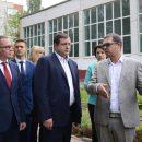 https://smolensk-i.ru/authority/v-smolenske-zaasfaltiruyut-vnutrenniy-dvor-shkolyi-33_294617