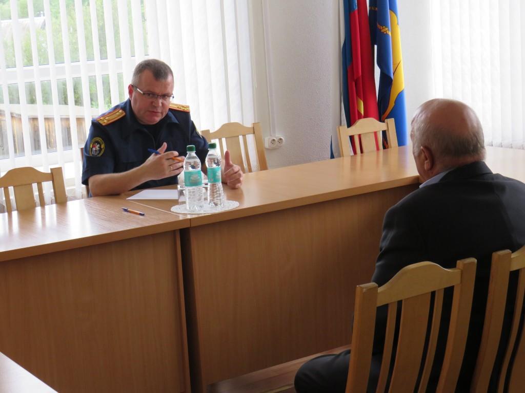 Следственный комитет, Анатолий Юханов, приём граждан, Угра_2 (фото smolensk.sledcom.ru)