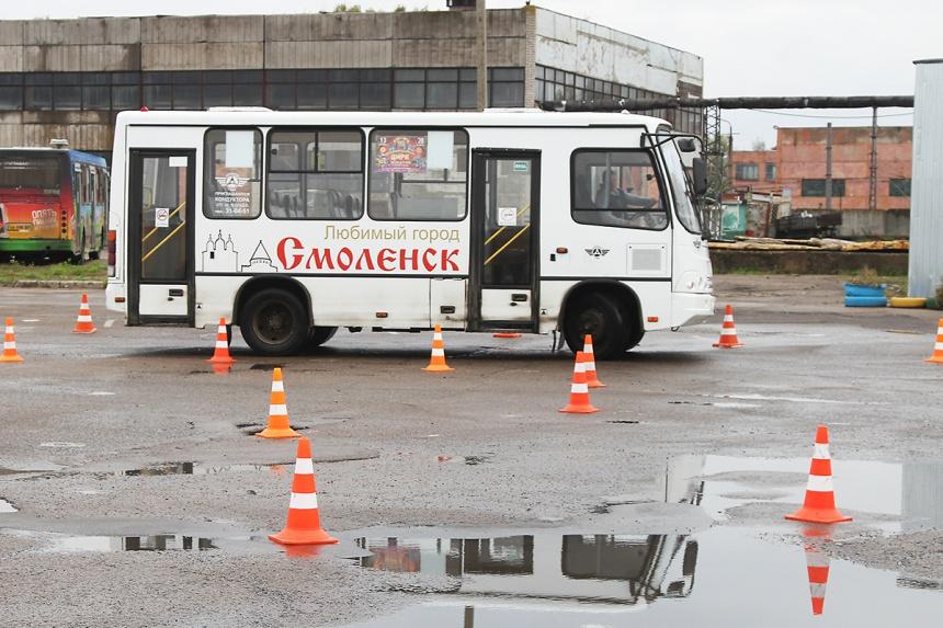 В Смоленске определят лучшего водителя автобусов