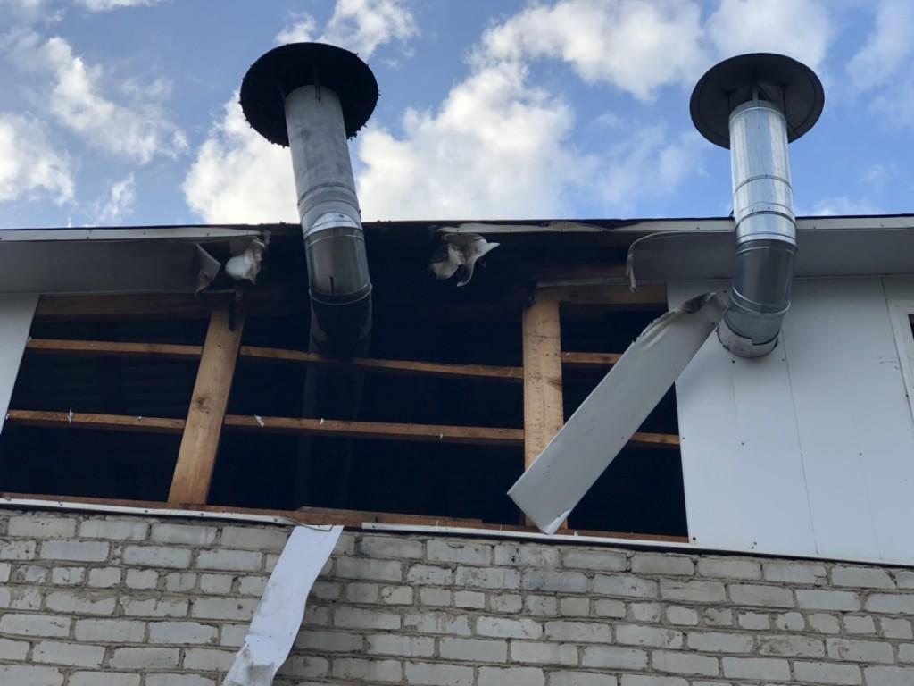 пожар 14.08.2019, кафе, Вязьма, улица Кашена, дымоход (фото67.mchs.gov.ru)