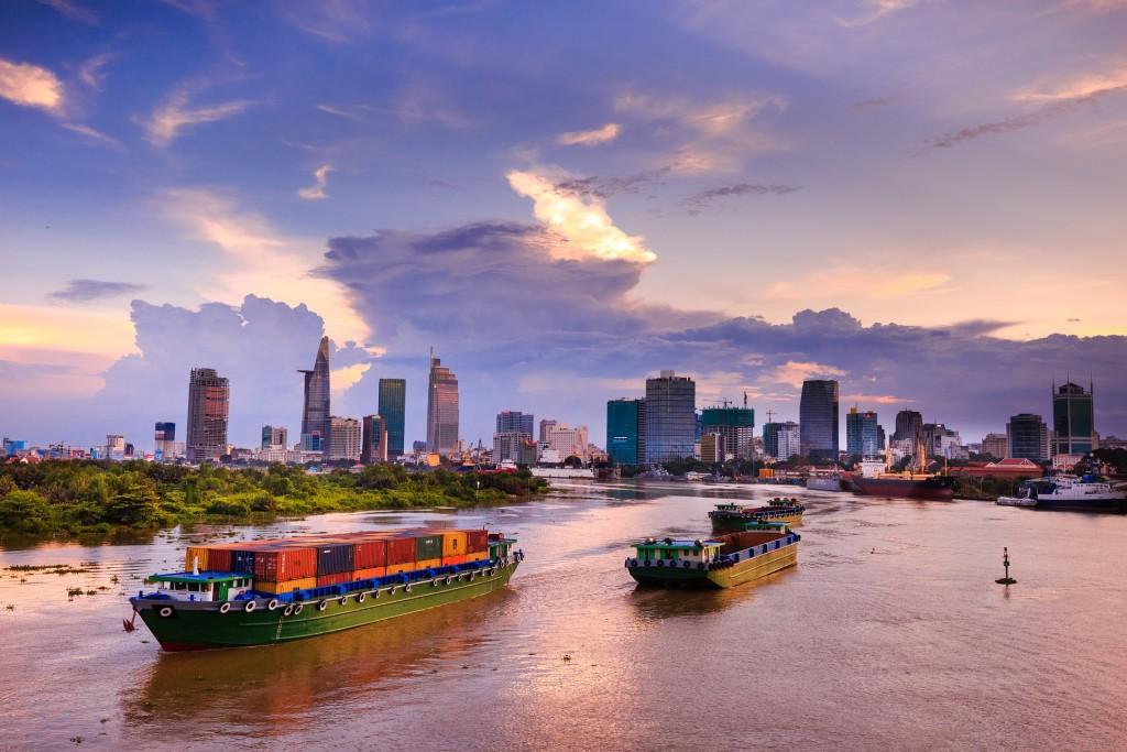 Смоленский завод наладил экспорт продукции во Вьетнам