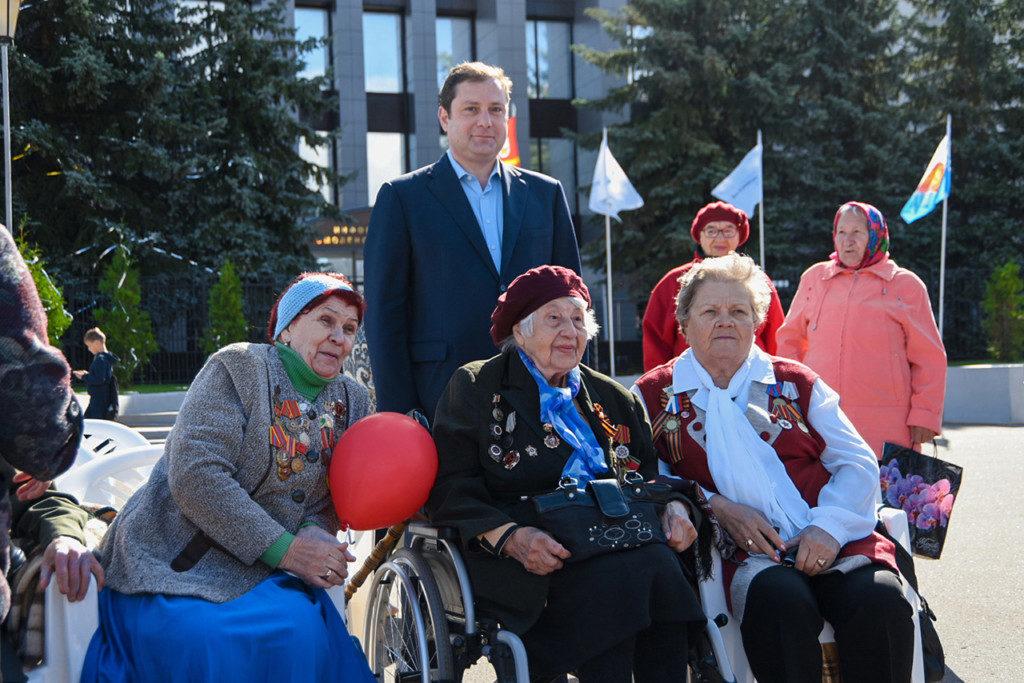 Алексей Островский поздравил жителей Десногорска с Днём города
