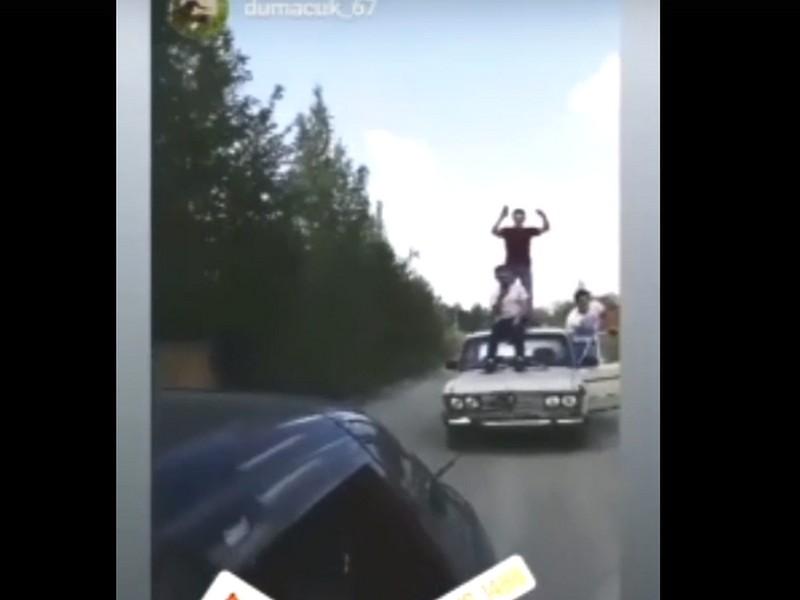 автолихачество гагаринской молодёжи (кадр видео vk.com gagarinlife)