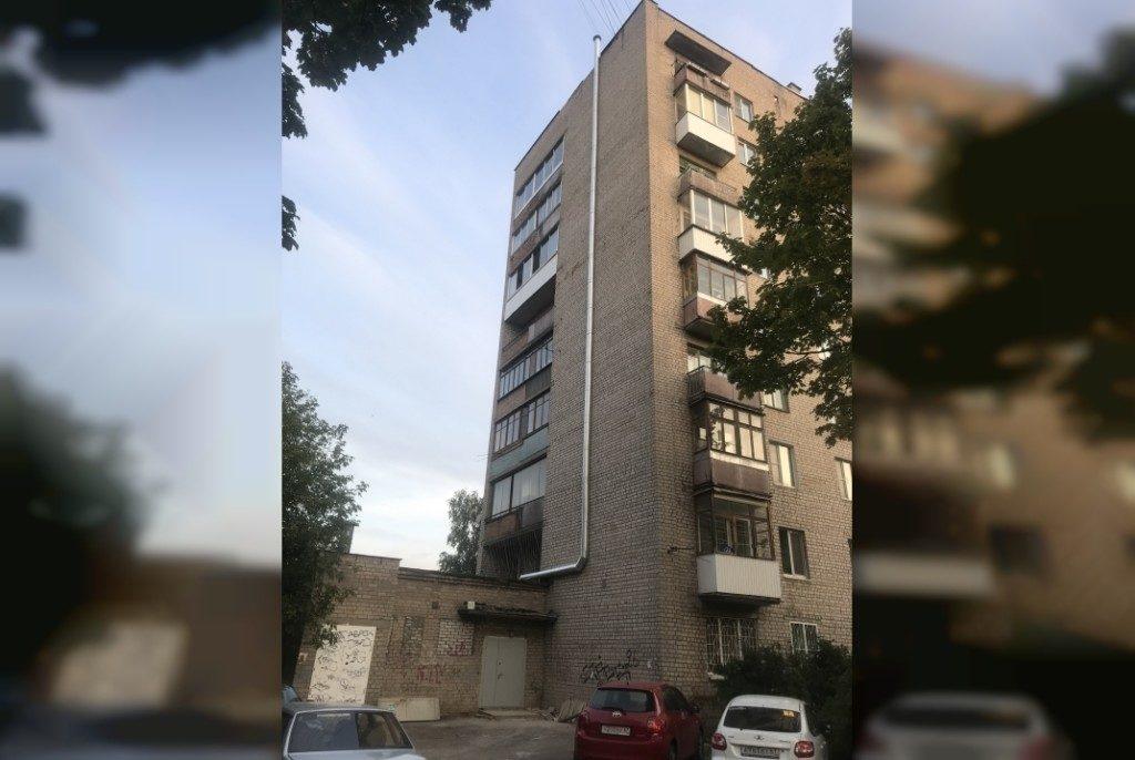 Октябрьской революции, 26, вентиляция, вытяжка (фото vk.com desicrusher)