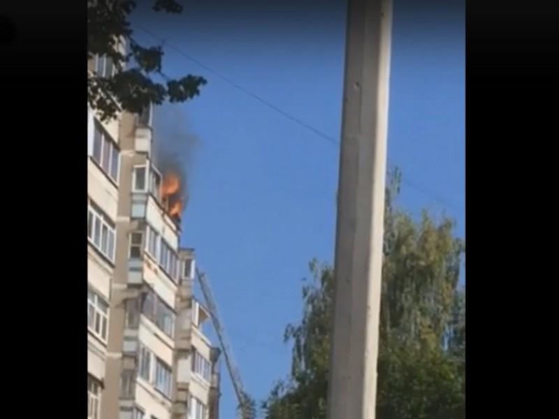 пожар 2.09.2019, Ярцево, балкон