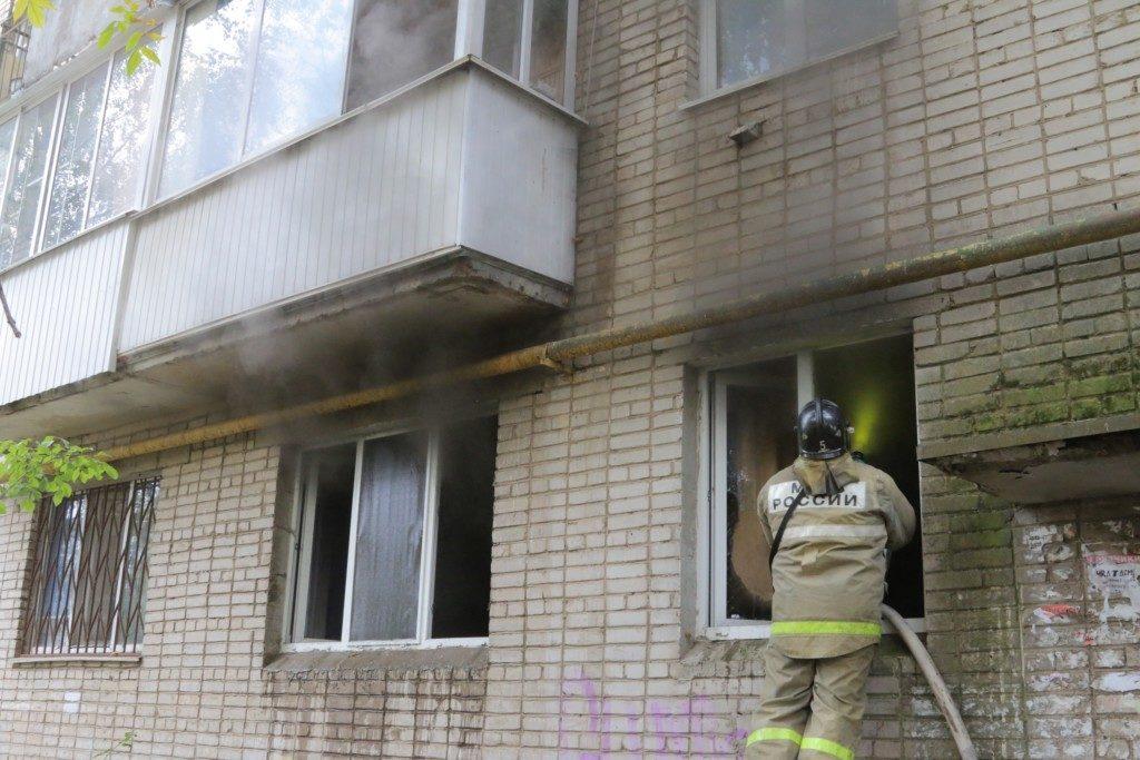 пожар 25.09.2019, улица Памфилова_1 (фото 67.mchs.gov.ru)