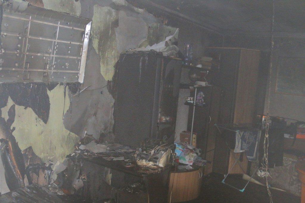 пожар 25.09.2019, улица Памфилова_2 (фото 67.mchs.gov.ru)