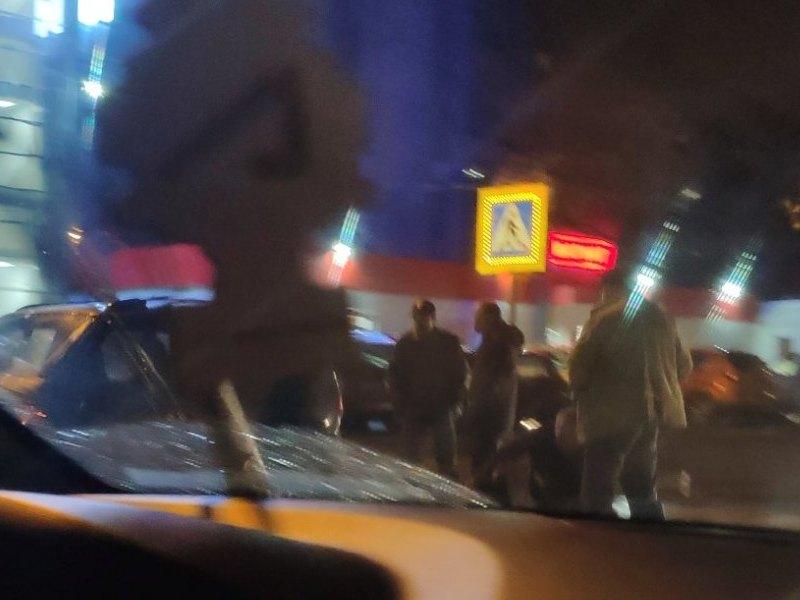 наезд на пешехода 12.10.2019, Краснинское шоссе, Chevrolet Niva (фото vk.com demkinadietolog)