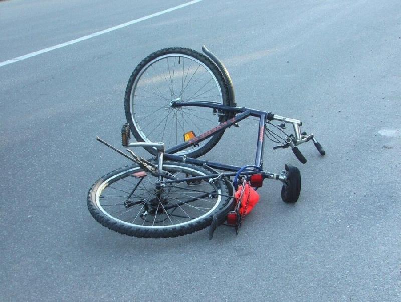 Полиция возбудила уголовное дело по факту ДТП под Смоленском, в котором тяжело пострадал велосипедист