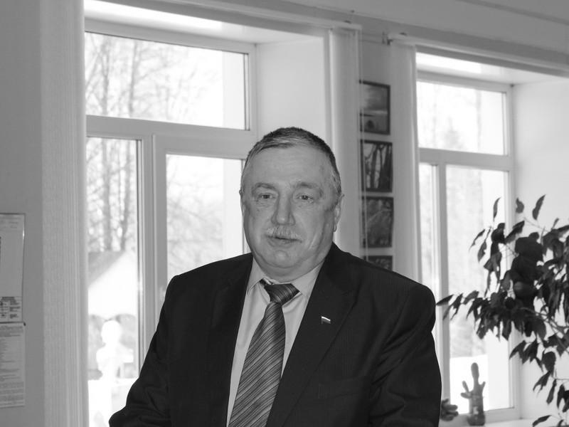 Олег Петрович Макаров, Холм-Жирковский район (фото agib-sk.narod.ru)